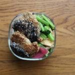 鶏の白黒胡麻焼き弁当
