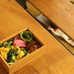 ニラ玉丼弁当