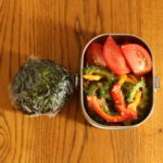 ゴーヤーとパプリカのツナ和え弁当、台所背面収納案