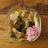 白菜漬と豚肉炒め丼弁当